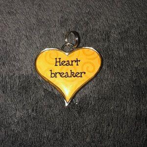 NWT HEARTBREAKER PENDANT OR CHARM